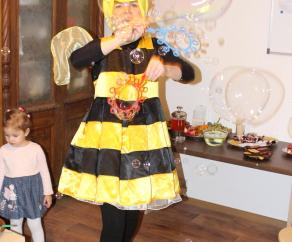 заказать пчелка майя на праздник СПб