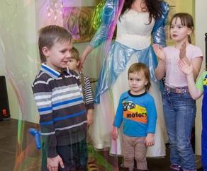 заказать шоу мыльных пузырей на день рождения СПб